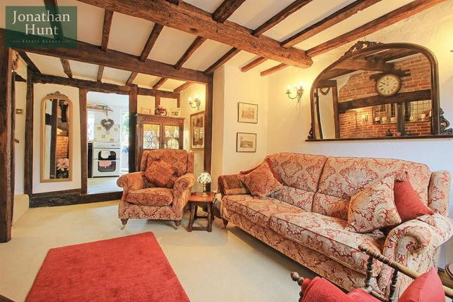 Thumbnail Cottage for sale in Crib Street, Ware