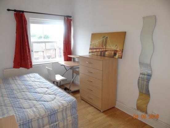 Flat to rent in Mansfield Road, Nottingham