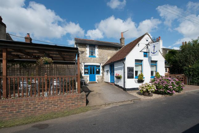 Thumbnail Commercial property to let in Bridge Road, Brabourne Lees, Ashford
