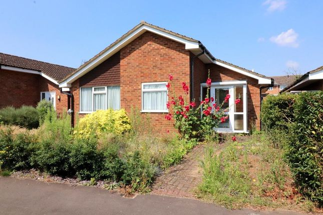 2 bed bungalow for sale in Bluebell Close, Flitwick, Bedfordshire MK45