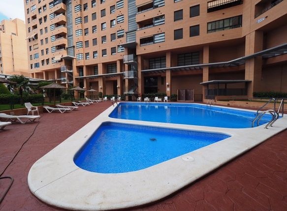 Thumbnail Apartment for sale in Spain, Valencia, Alicante, Alicante