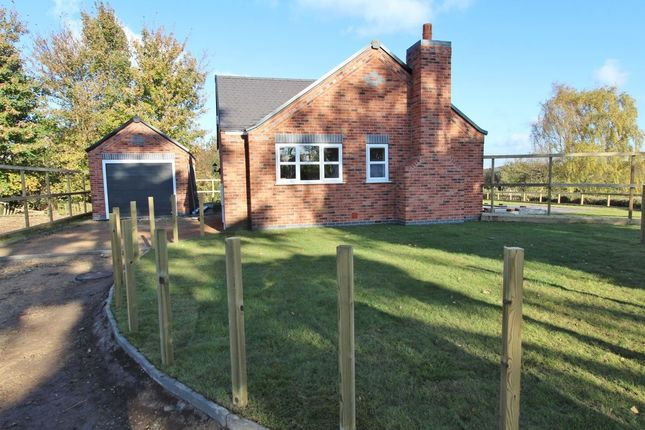 Thumbnail Bungalow for sale in Regent Court Spencer Drive, Nuthall, Nottingham