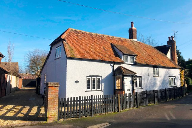 Thumbnail Cottage for sale in Greenwood Avenue, Chinnor, Oxfordshire