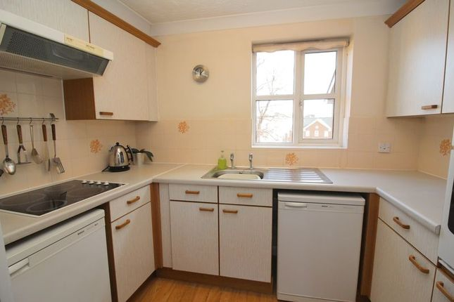 Kitchen of Albion Place, Northampton NN1