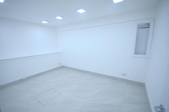 Gallery of Eastern Avenue, Ilford IG4