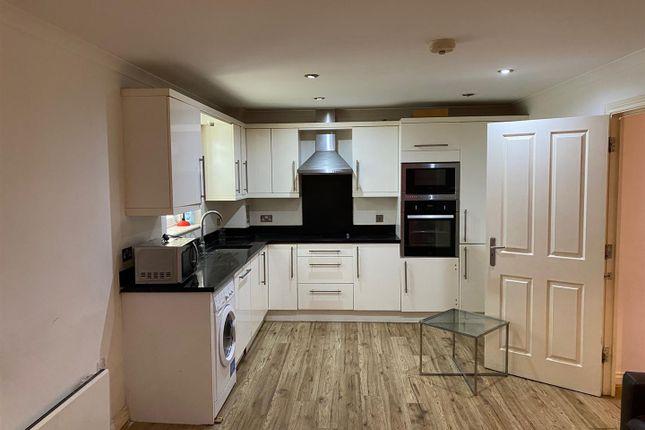 Thumbnail Flat to rent in Stream Lane, Edgware