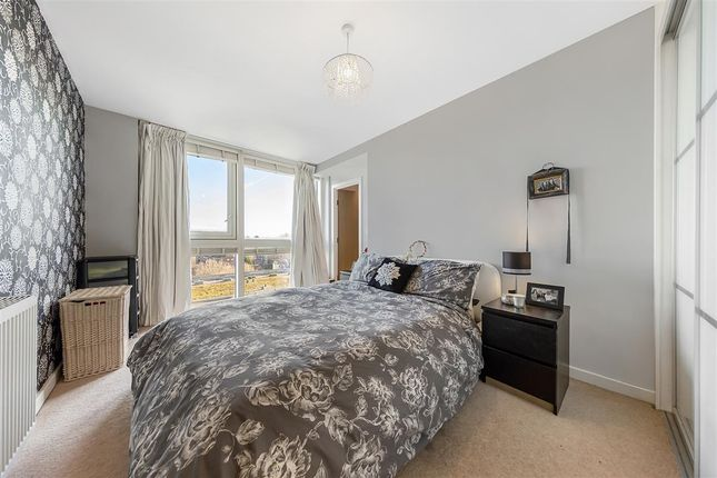 Master Bedroom of Mapleton Road, London SW18
