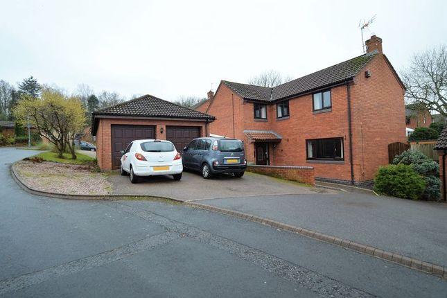 Detached house in  Tanwood Close  Callow Hill  Redditch  Birmingham
