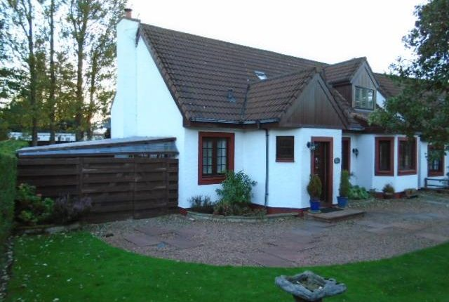 Thumbnail Cottage to rent in Milton Bridge, Penicuik