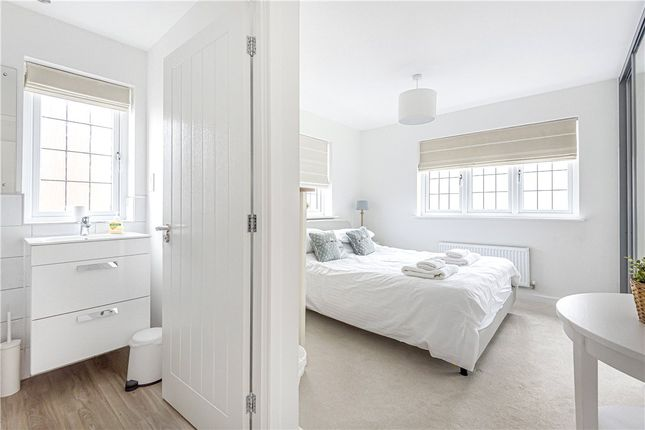 Ensuite of Oak View, Lyme Regis DT7