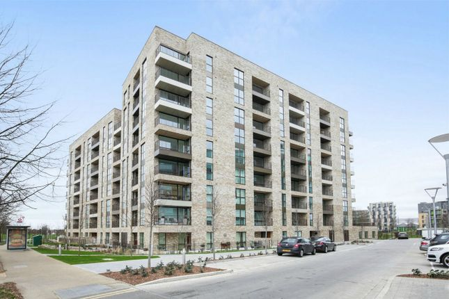 Thumbnail Flat for sale in Lakeside Drive, Park Royal, London