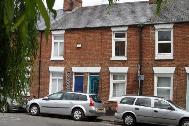 2 bed terraced house to rent in West Street, Osney Island, Oxford