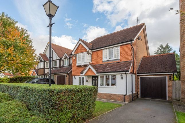 Thumbnail Detached house to rent in Greenfield Drive, Bromley