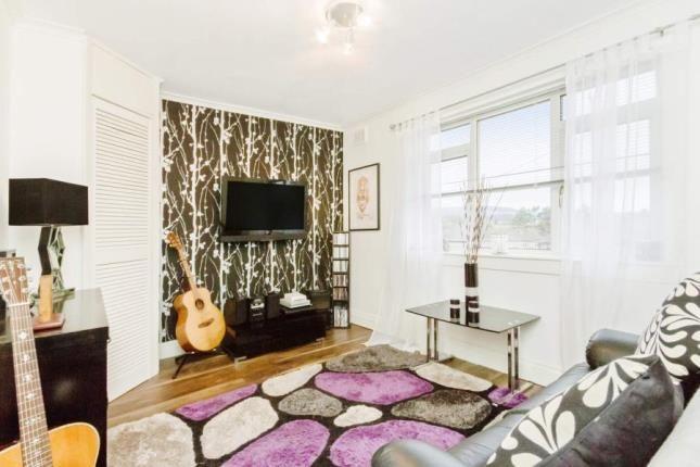 Picture No.09 of Hazel Avenue, Bearsden, Glasgow, East Dunbartonshire G61