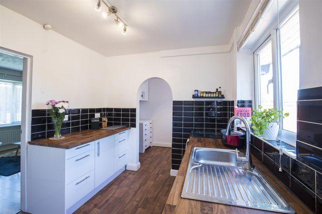 Kitchen of Hilcot Drive, Aspley, Nottingham NG8