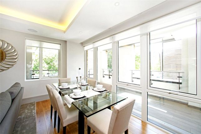 Dinning Area of Cecil Grove, St Johns Wood NW8