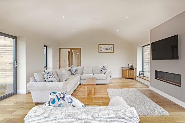Cedar House-15 of Tinkley Lane, Alton, Chesterfield S42