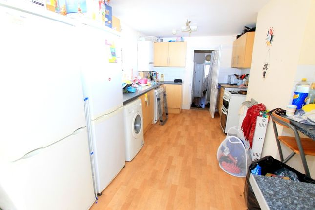Thumbnail Terraced house to rent in Osborne Road, Brighton