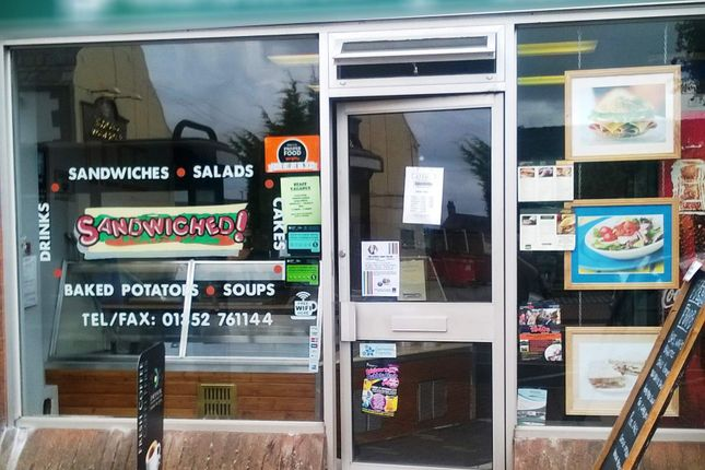 Restaurant/cafe for sale in Flint CH6, UK