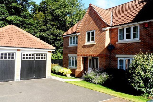 Thumbnail Detached house for sale in Braithwaite Court, Hemsworth, Pontefract