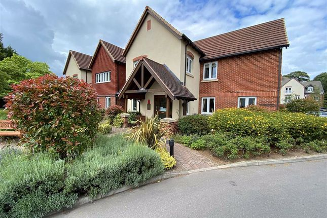 Thumbnail Flat for sale in Charter Court, Retford, Nottinghamshire