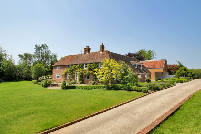 Thumbnail Country house to rent in Swan Lane, Sellindge