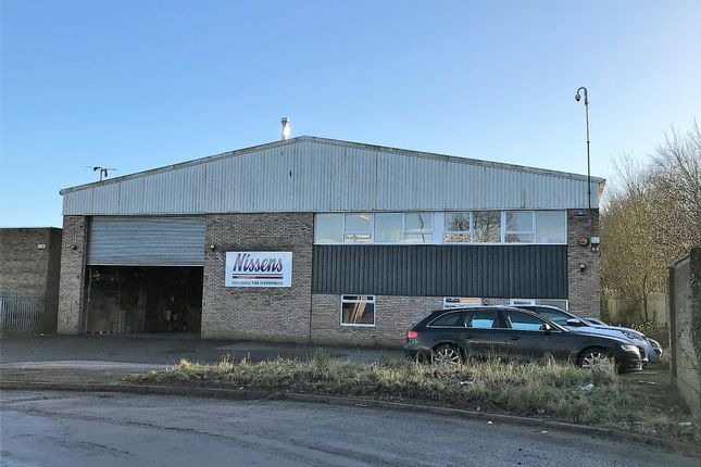 Warehouse to let in Binns Close, Coventry