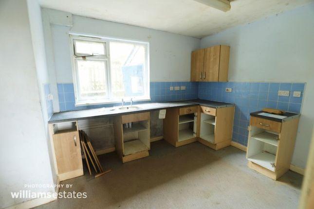 Kitchen of Groes, Denbigh LL16