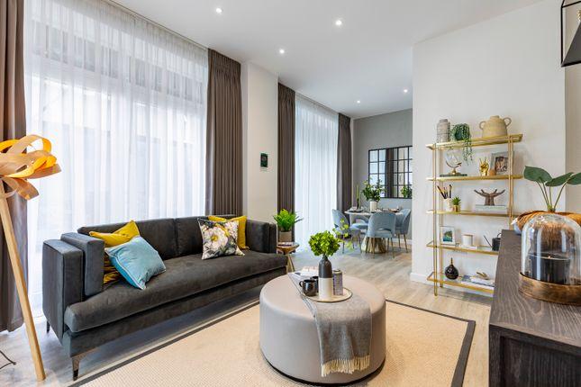 3 bed flat for sale in Worsley Bridge Road, Sydenham SE26