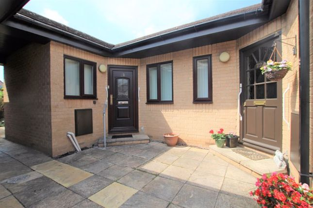2 bed bungalow for sale in Avondale Court, Long Beach Road, Longwell Green, Bristol BS30