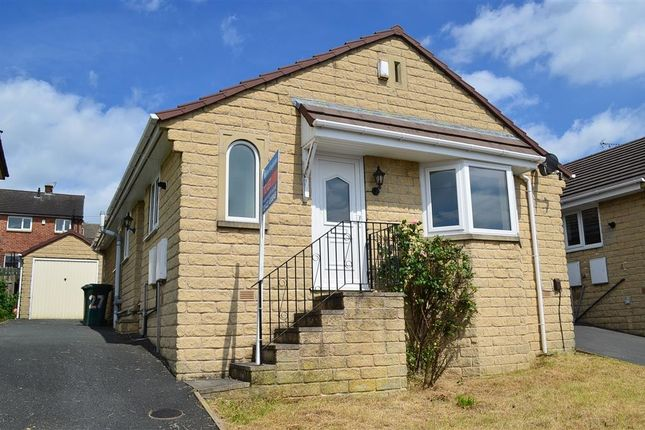 Thumbnail Bungalow to rent in The Oval, Bingley