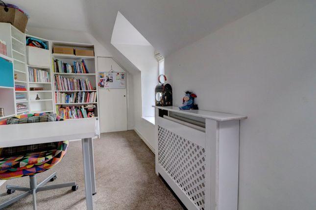 Bedroom 3/Study of Sunnyside, New Galloway, Castle Douglas DG7