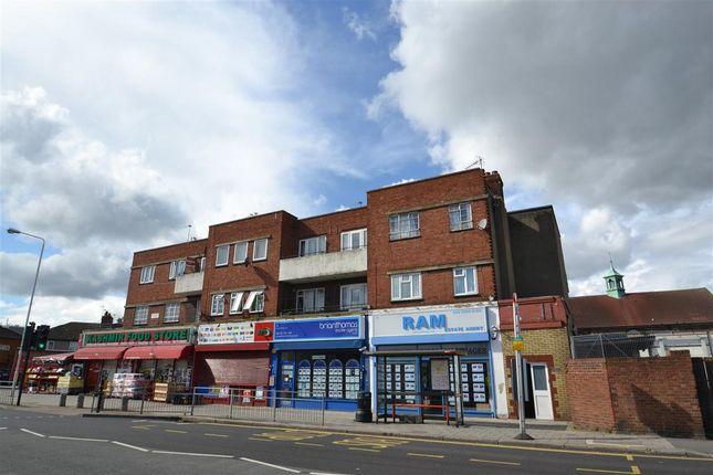 3 bed flat for sale in Cranbrook Road, Gants Hill, Gants Hill IG2