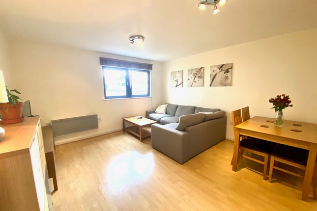 Flat for sale in Churchill Way, City Centre, Cardiff