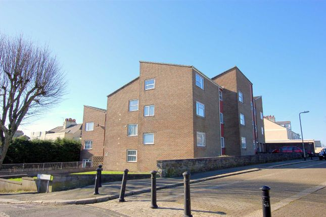 Thumbnail Flat to rent in Masterman Road, Stoke, Plymouth