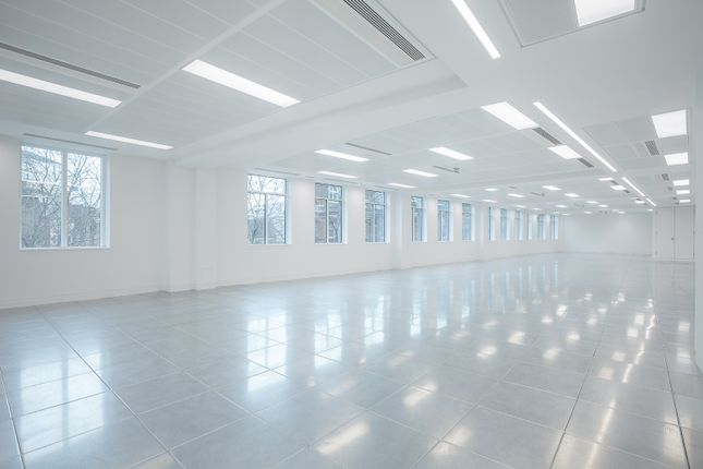 Thumbnail Office to let in 189 Shaftesbury Avenue, London