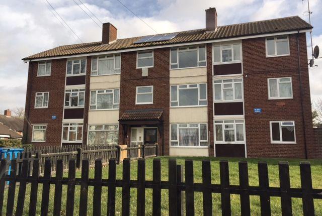 3 bed flat to rent in Foxwood Grove, Kingshurst, Birmingham