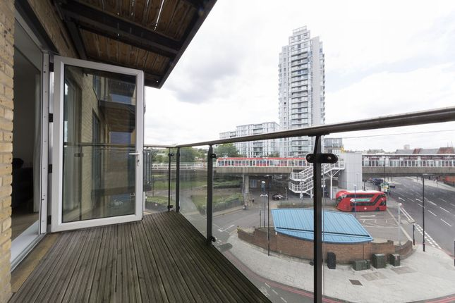 Balcony of Hudson Building, Deals Gateway, Deptford, London, London SE10