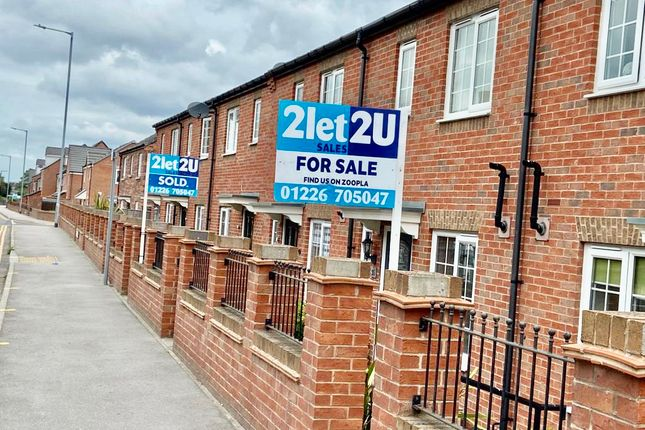 Thumbnail Town house for sale in Rookery View, Barnsley