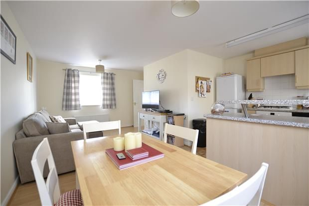 Thumbnail Flat for sale in Bathing Place Lane, Witney, Oxfordshire