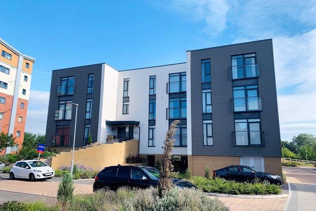 Thumbnail Flat to rent in Chelsea House, Firepool Crescent, Taunton