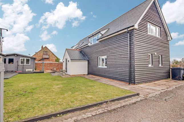 5 bed property for sale in Mill Road, Colesden, Bedford MK44