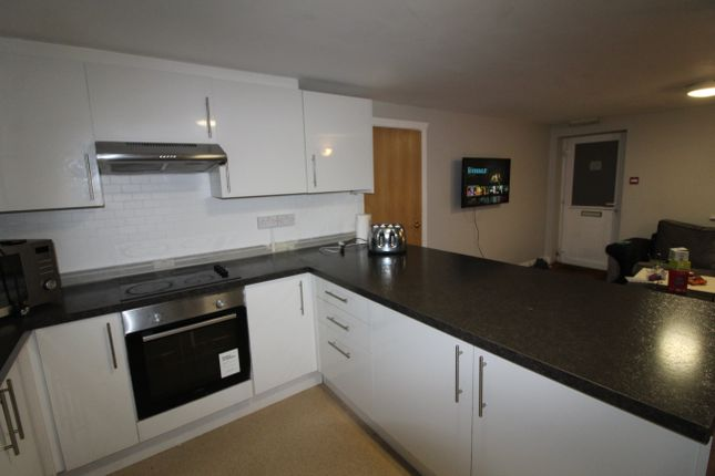 Thumbnail Flat to rent in Rhymney Terrace, Cathays, Cardiff