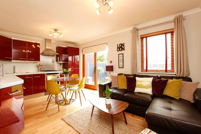 Thumbnail Flat to rent in Streatham Common South, London