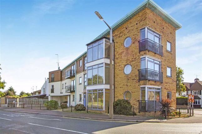 Thumbnail Flat for sale in Eastwood Road North, Leigh-On-Sea, Essex