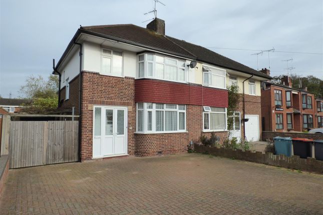 Thumbnail Semi-detached house to rent in Kingsway, Dunstable