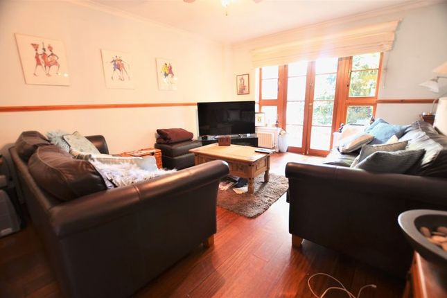 Thumbnail Terraced house for sale in Silkmills Square, London