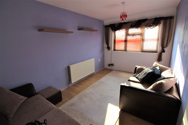 Thumbnail Flat to rent in Chelmer Crescent, Barking