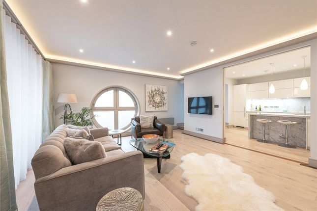 3 bed flat for sale in Trinity Court, Gloucester Terrace, London