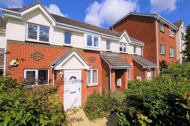 Thumbnail Flat to rent in Melford Place, Western Road, Brentwood